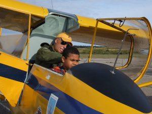 L-R Capt.Mark Bucken Cdt. Matheson Armstrong in a glider. Photo Credit: Capt Roy Harten